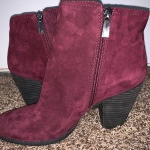VINCE CAMUTO BOOTS BOOTS!!